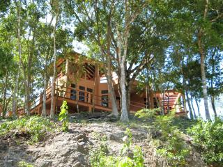 Villa Cayo #3 Luxury Affordable Accommodations, San Ignacio
