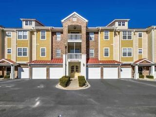 3 BR/3 BA, BAREFOOT RESORT, SLEEPS 10, 2 MBR, GOLF, North Myrtle Beach