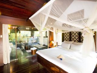 Amazing Villa on Saigon River!, Di An