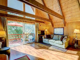 Heavenly, dog-friendly A-Frame with several decks - it's like two cabins in one!, Idyllwild