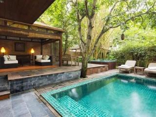 Superb Villa on Saigon River!, Di An