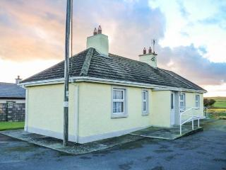 THE COTTAGE, detached, all ground floor, lawned gardens, open fire, nr