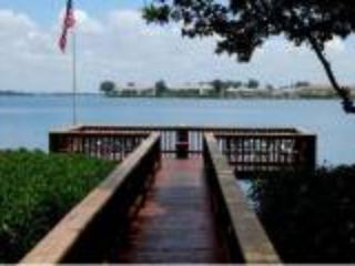 Bay of Sarasota at Runaway Bay