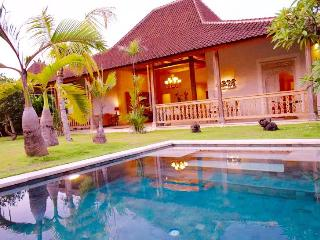 Traditional Joglo Villa with Private Pool & Garden