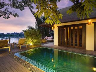 Grand 2-Bedroom Villa!, Di An