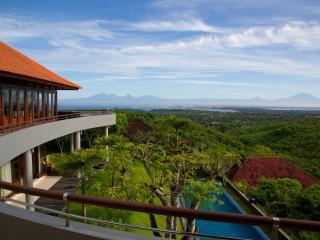 4 Bedroom Villa - The Colonnade Jimbaran