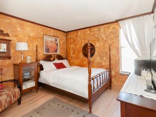 Chic One Bedroom Condo in North Miami