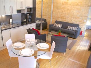 located in the heart of Paris, in the famous Montorgueil area.