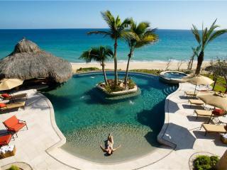 Beachfront Oasis - Villa de los Suenos 19, San Jose del Cabo