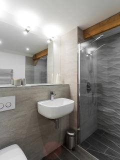 Spacious main shower room