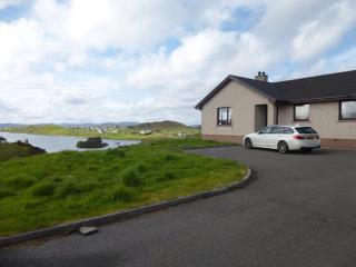 Lochside House- Self Catering Accomadation, Carloway