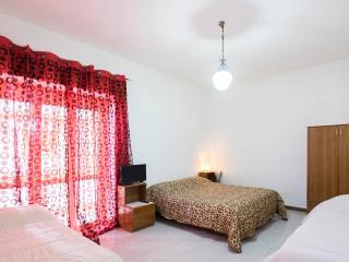 Karoline guest house