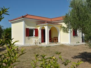 Lennas Holiday Houses 1-Bedroom Ground Floor House, Vasilikos