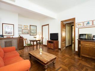 Delizioso appartamento sul Lungotevere, Rome