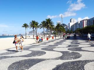 Charming Apartment Copacabana Beach Rio de Janeiro