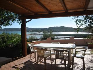 fantastic sea view 150 meters from the beach, Porto Taverna
