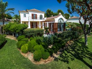 Traditional 4 Bedroom Private Villa in Quinta Do Lago, Portugal. Villa Safira