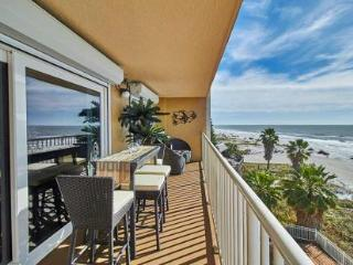 Take a step closer to paradise! SEAGATE – Apt. 302, Indian Shores