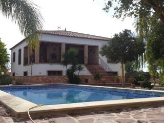 Chalet Las Cebadas, Piscina, Barbacoa, Wifi ,8 a 10pax
