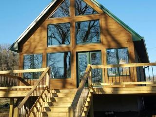 Eagle Vacation Rental, Jamestown