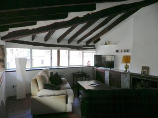 Bright, newly refurbished, village house., Fornalutx