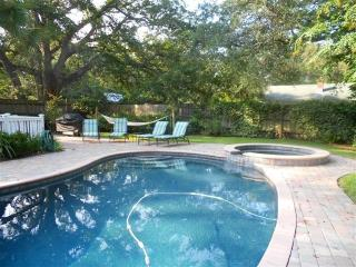 Pool Home- 3 BR- Located Close to Beach & Village, St. Simons Island