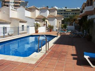 Mediterraneo 7-M Two bedroom Pool, 100m from beach, Nerja