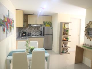 New 2BR near Robinsons Magnolia Mall, Quezon City