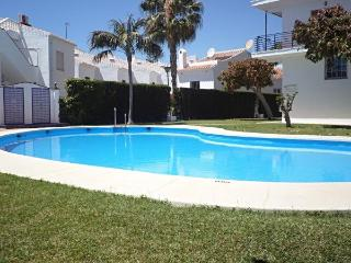 Perdigon 31-M, pool, two bedroom, near to beach, Nerja