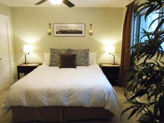 Master Bedroom with super comfortable Serta California King Bed