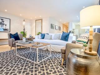 Spacious 2 Bedroom Beach Apartment Nestled in Venice, Los Ángeles