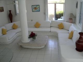 Hermosa casa con alberca en Ixtapa, Zihuatanejo
