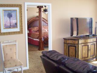 King size master suite next to the family room