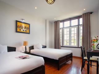 Junior Suite*Garden view* Balcony*Pool*3 Double beds*2 Bedroom