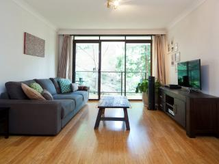 Peaceful and Private 1 bed in Glebe GL26, Rozelle