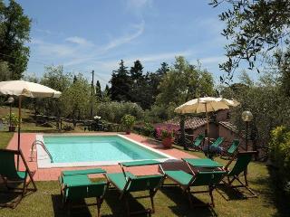 6 bedroom Villa in Pescaglia, Versilia, Tuscany, Italy : ref 2383116