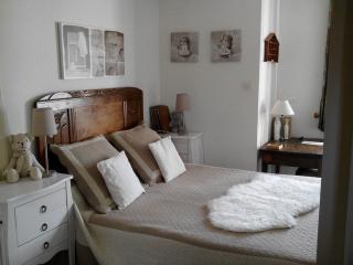 lit 2 places dans chambre principale