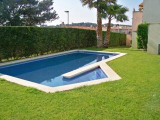 Costabravaforrent Pedro, up to 6, shared pool, L'Escala