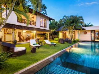 Outdoor swimming pool Villa M Bali Seminyak