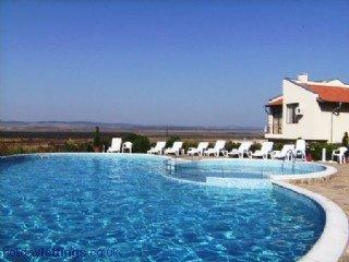 Villa Rose, Almond Hills *Great Views*