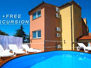 Solaris Apartment 7 with shared Pool