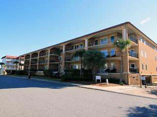 Brass Rail Villas - Unit 207 - Close to the Beach and `Downtown` Tybee - FREE Wi-Fi, Isla de Tybee