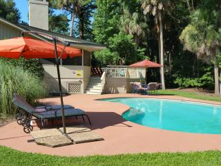 3 Quincy, Private Pool, Sleeps 6, Hilton Head