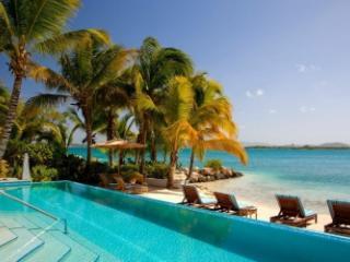 Magnificent 4 Bedroom Villa on Harbour Beach, Saint George Parish