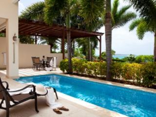 Wonderful 2 Bedroom Villa in Harbour Hill, Saint George Parish
