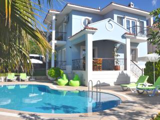 Mavi Villa, Hisaronu