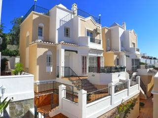 Villa Olivia - Burriana - WIFI - Air Con - pool - beach - town - R904