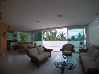 Top Floor Apartment 3 bedroom, good views., Nuevo Vallarta