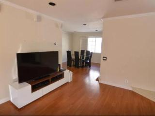 Luxury 2bd/3bth jac/pool in Arcadia, San Gabriel