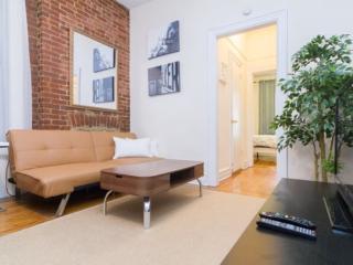 Homey 2 Bedroom, 1 Bathroom Apartment - Gorgeous and Stylish, New York City
